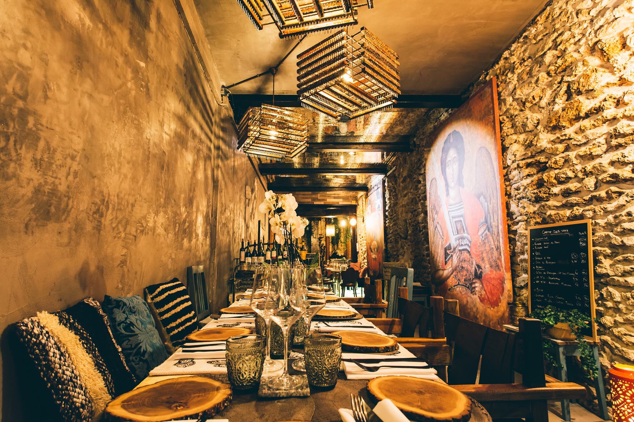 Ik ne restaurant paris frais raffin exquis for Restaurant atypique