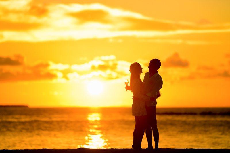 beach-sea-ocean-horizon-silhouette-blur (1)