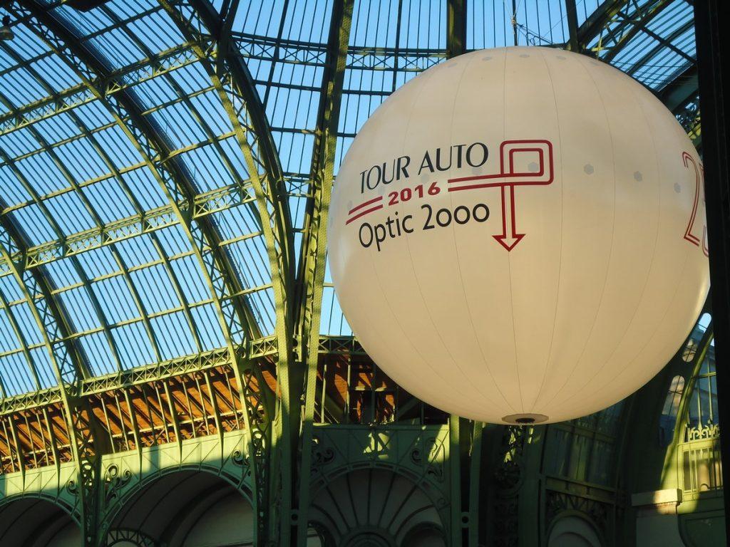 Soirée du Tour Optic 2000 au Grand Palais, Ferrari attire tous les regards
