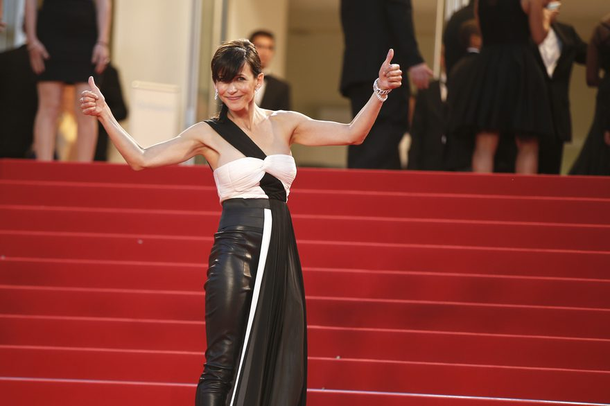 "French actress and member of the Feature Film jury Sophie Marceau poses as she arrives for the screening of the film ""The Sea of Trees"" at the 68th Cannes Film Festival in Cannes, southeastern France, on May 16, 2015. AFP PHOTO / VALERY HACHE"